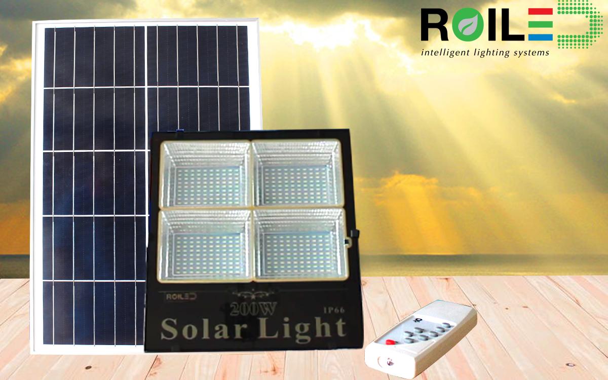 Đèn pha năng lượng mặt trời ROILED 200w- loại sáng nhất