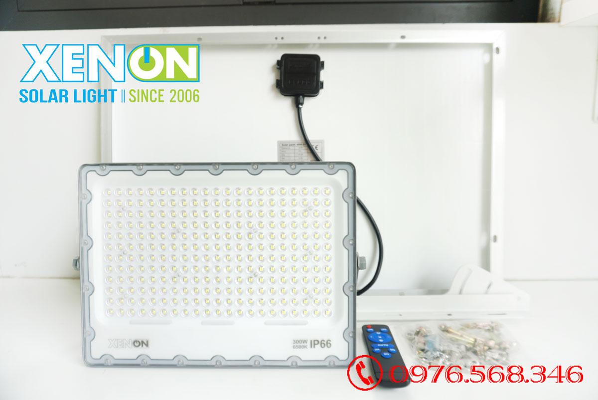 Đèn pha năng lượng mặt trời Xenon Deluxe DL03-300W