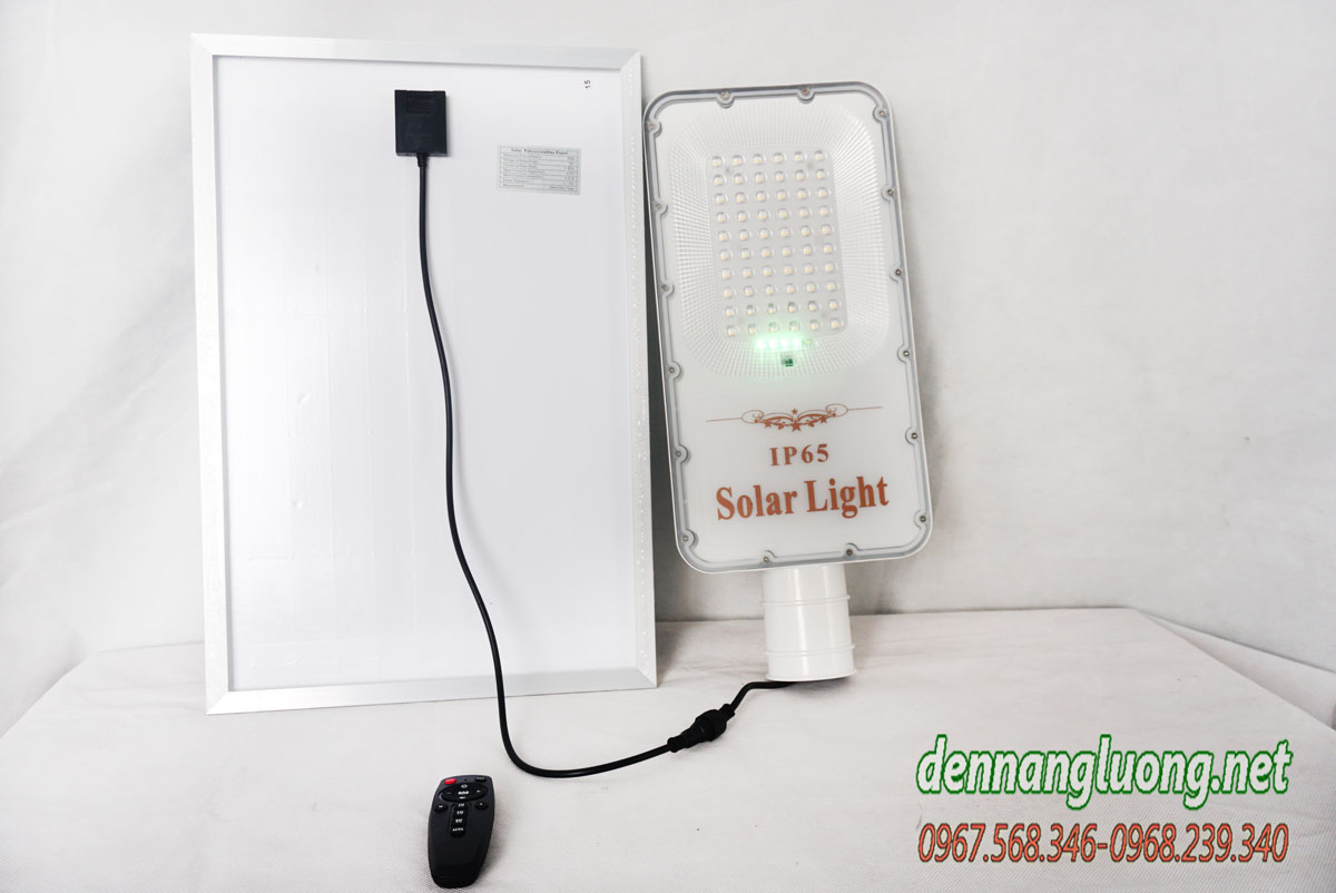 Đèn đường năng lượng mặt trời 200W siêu sáng Solarlight - E200