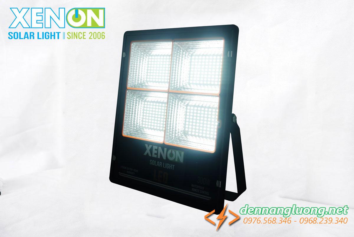 Đèn pha năng lượng mặt trời 300W chính hãng Xenon CX300W