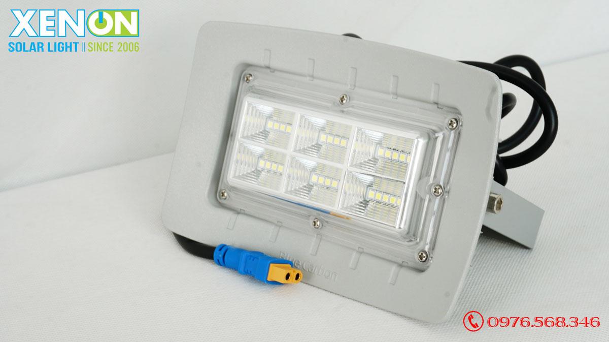 Đèn Năng Lượng Mặt Trời Blue Carbon BCT-FLR1.0 50W Bảo Hành 5 Năm