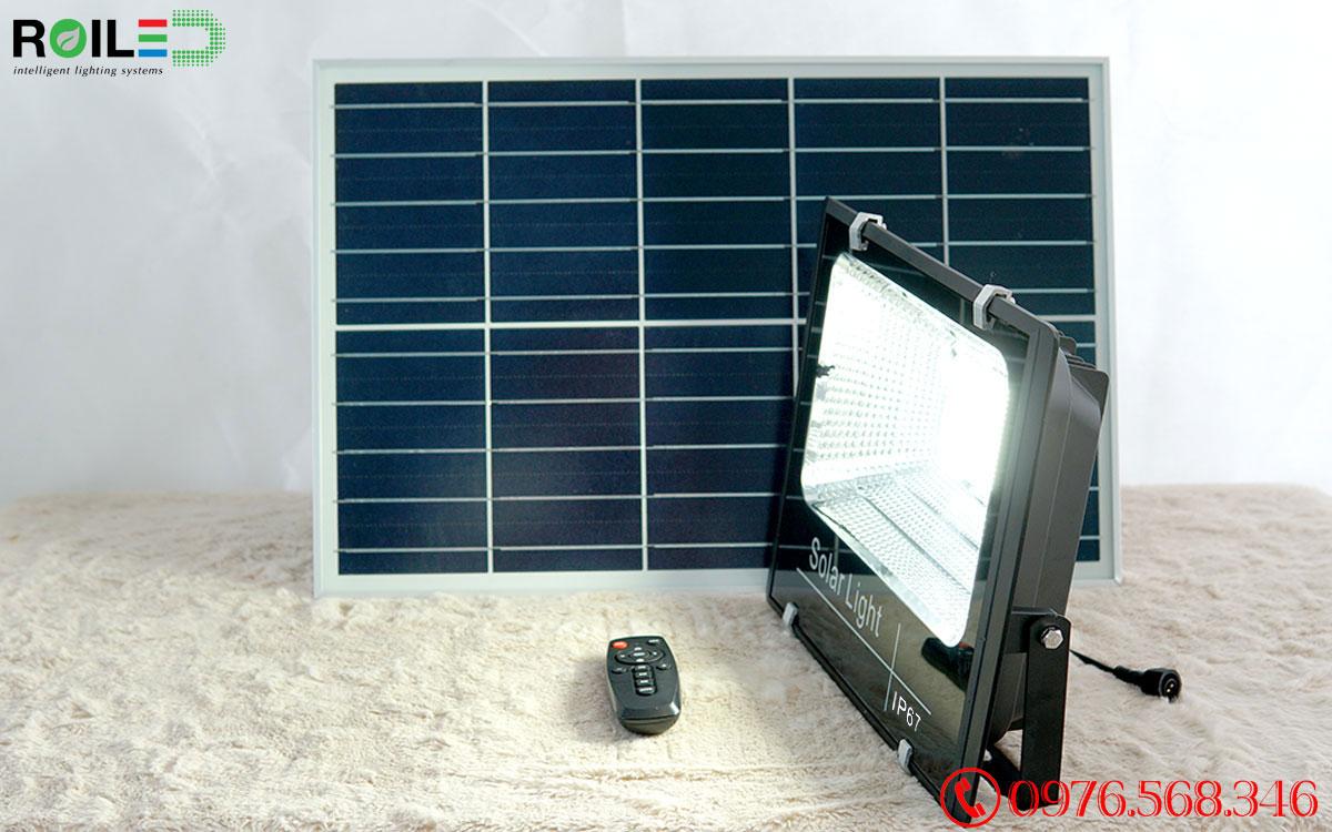 Đèn pha năng lượng mặt trời giá rẻ 200W Roiled - RP1-200W