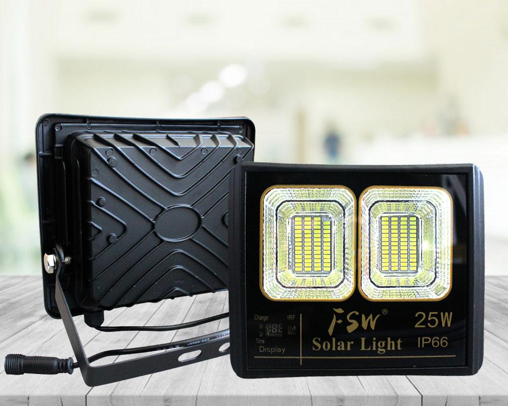 Đèn pha năng lượng mặt trời FSW 25w