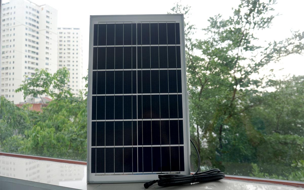 Đèn pha năng lượng mặt trời LM 300w