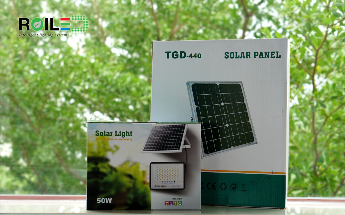 Đèn pha năng lượng mặt trời mẫu mới T-R50W