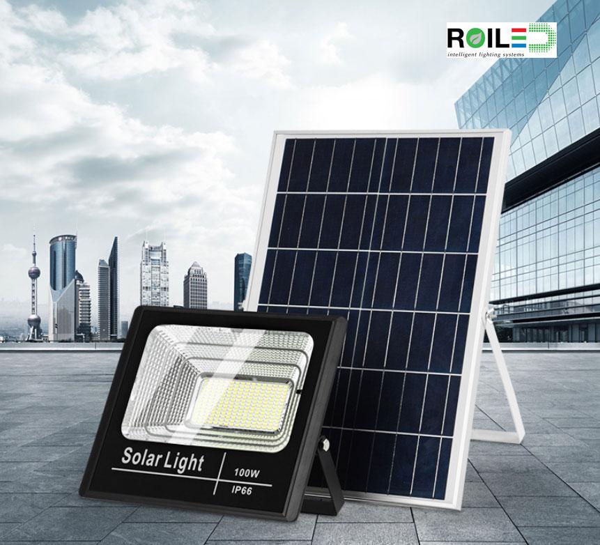 Đèn pha năng lượng mặt trời ánh sáng vàng Roiled 100W